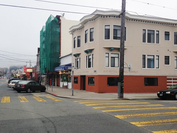 Prime Retail /Office Corner Location