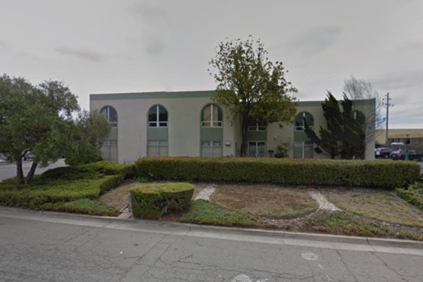 Warehouse for sublease - 460 Roland Way Oakland, CA&nbsp;<font color='red' style='font-weight: bold;'>*</font>