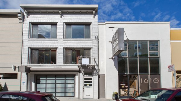 Rare Mixed-use Russian Hill Investment
