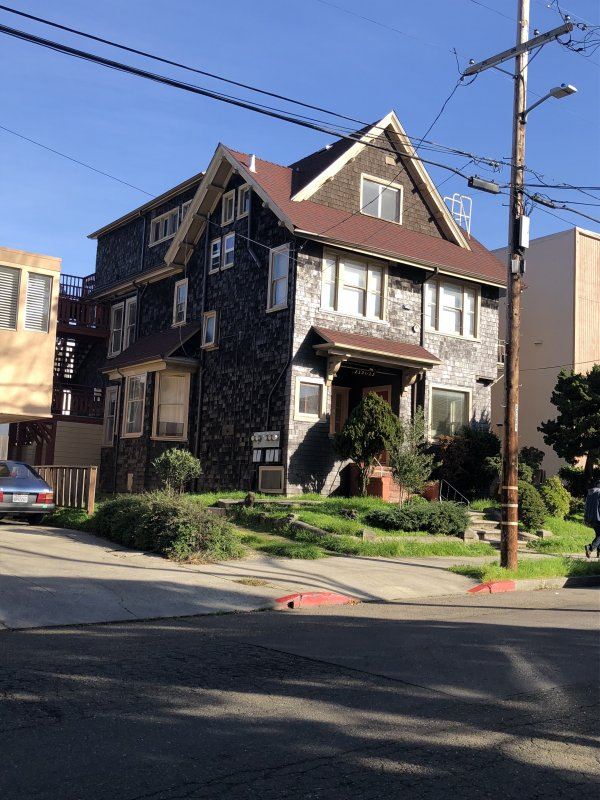 Berkeley 6-Unit Bldg Call For Offers