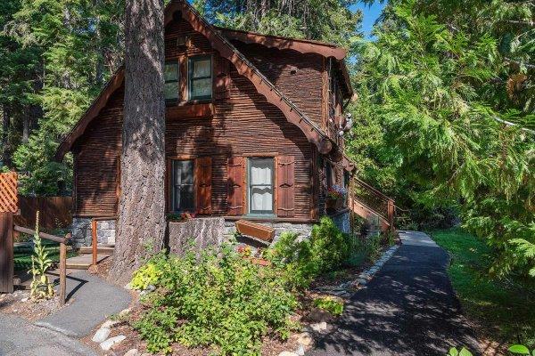 Cool 1690 W Lake Blvd North Lake Tahoe Ca 96145 The Cottage Download Free Architecture Designs Scobabritishbridgeorg
