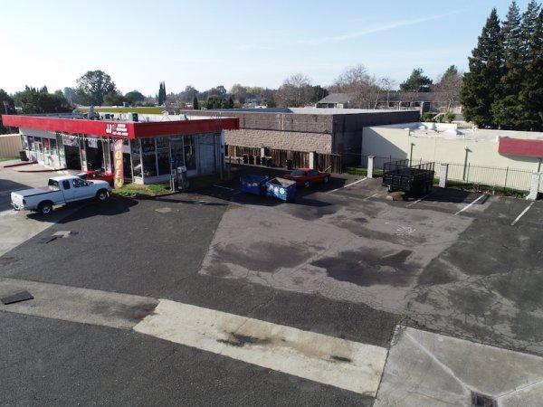 GAS STAION MECHANIC SHOP FOR LEASE