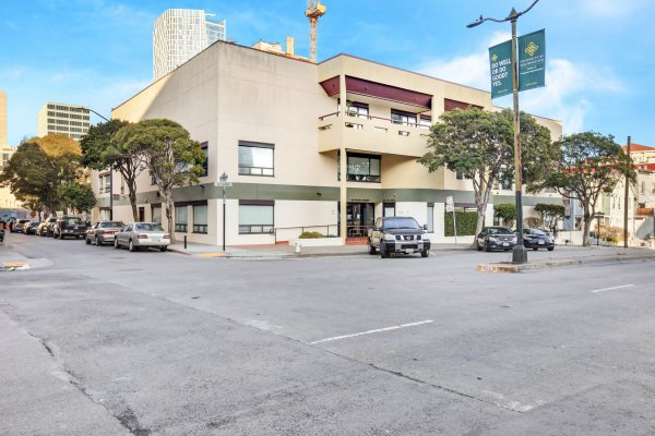 44 Gough | Multiple Offices Available